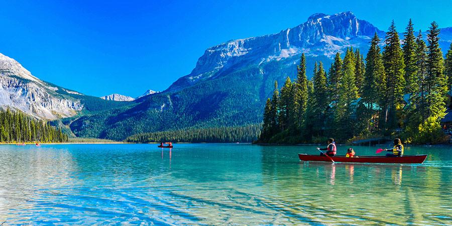 British Columbia canoeing